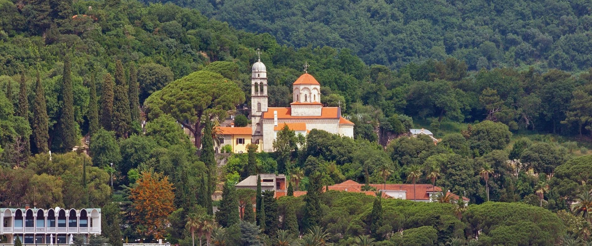 Черногорские монастыри: высоко, близко к небу