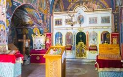Монастырь Режевичи, внутри церкви (Будва, Черногория)